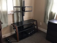 TV stand and mount 761 mi