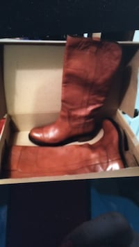boots pure leather  size 10-9.5 Bethesda, 20817
