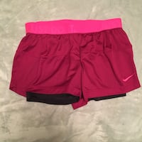 BRAND NEW size small nike shorts