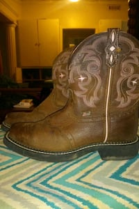 brown Justin leather cowboy boots size 7 1/2 Lawton, 73501