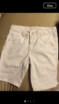 Woman short jeans size 4 Jessup, 20794