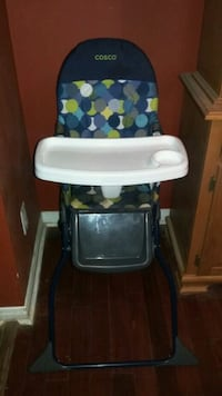 Costco High chair  Smithville, L0R 2A0