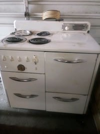 Vintage 1940's monarch electric stove