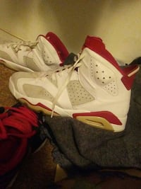 pair of alternate 91 Air Jordan 6's Virginia Beach, 23462