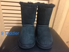 Ugg Bow Girls Toddler Black Boots Size 9