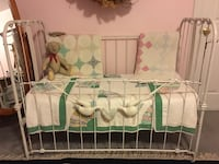 Wrought Iron Vintage Crib great for displaying quilts. Boonsboro, 21713