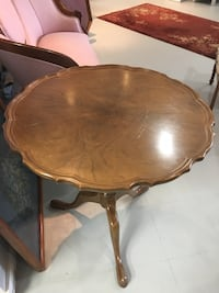 Brown wooden round coffee table London, N6E
