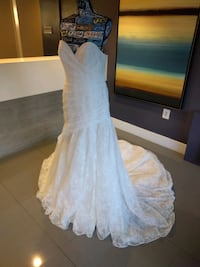 Ivory gold lacy wedding gown size 14 Alexandria, 22304