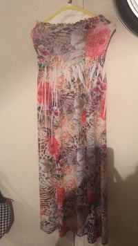red and white floral spaghetti strap dress San Angelo, 76904