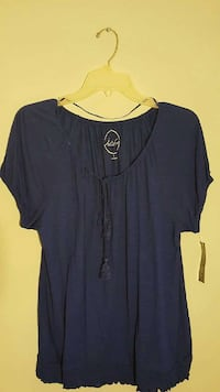 women's blue cap sleeve scoop neck shirt Bethesda, 20814