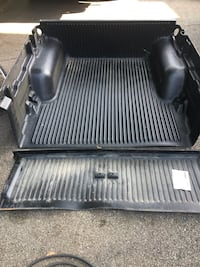 4 1/2 ft Bedliner of pickup truck
