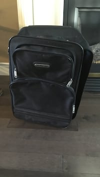 Black soft-side luggage 544 km