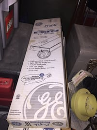 3 sets of 18 inch direct wire and ge fluorescent light bulbs