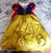 Snow White Dress in Size 7/8 - $35 Toronto, M9B 6C4