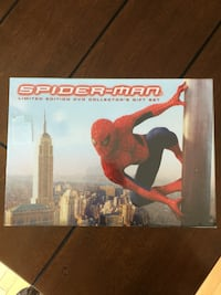 Spider man limited edition dvd collectors gift set...