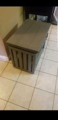 Homemade wood small dog kennel  Lutz, 33559