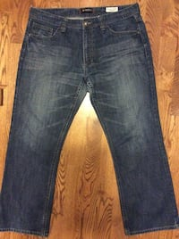 "Guess Mens Blue Jeans  Size 38""X 32"" Kitchener, N2H 5P4"