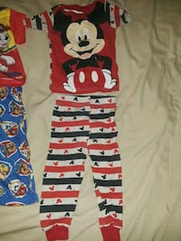 Boys size 24mo Mickey mouse pj set  Independence, 64052