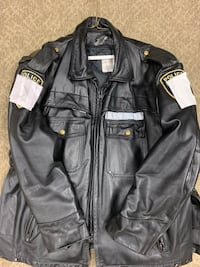 Motorcycle/Police Black leather zip-up jacket Alexandria, 22312