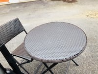round black metal patio table Fairfax, 22033