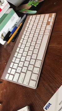 apple Keyboard & mouse 2 Silver Spring, 20910