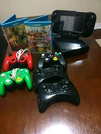 Nintendo wii u with Games and controller Brampton