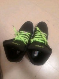 pair of black-and-green Nike basketball shoes Fort Worth, 76119