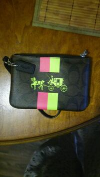 Pink and green coach wristlet great condition Sacramento, 95815