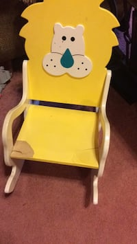 Wood rocking chair for kids  501 mi