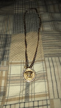 Versace pendant plated gold Guelph/Eramosa, N0B