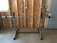 Squat Rack w/ 45lb Olympic Bar & Clips Highland Park, 60035