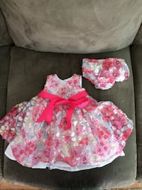 12 month girl dress $8 Fredericksburg, 22405