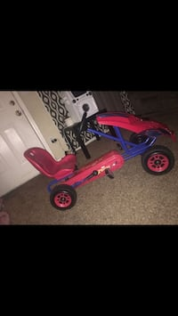 toddler's red and blue trike Oklahoma City, 73120