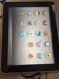 White ipad with 16 GB  Edmonton, T5W 0M8