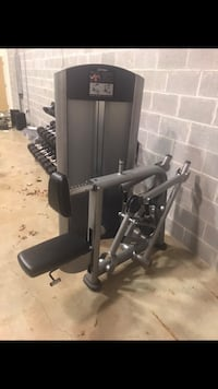 Life fitness Row Machine Bristow, 20136