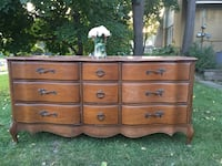brown wooden 6-drawer lowboy dresser Mississauga, L5H 1S3