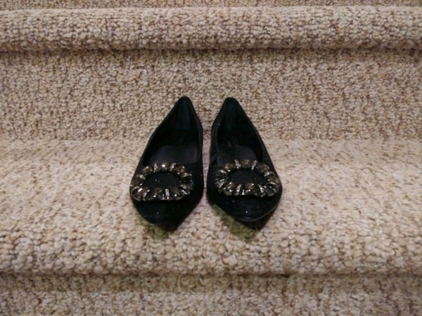New Women's Size 7.5M black jeweled shoes (Retail