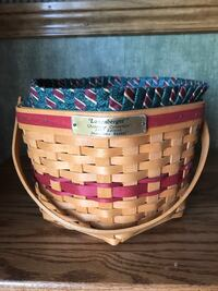Longaberger Christmas Collection 1997 Snowflake Basket with protector and liner Smithsburg, 21783