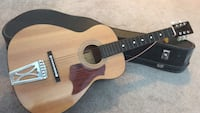 Guitar with case very hood condition Calgary, T3P