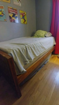 Twin bed with box spring and 2 mattresses Halethorpe, 21227