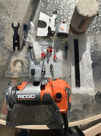 Ridgid Router With Bits & Accesories- R2401