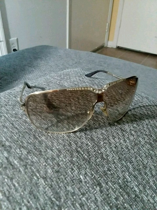 black sunglasses with gray frame