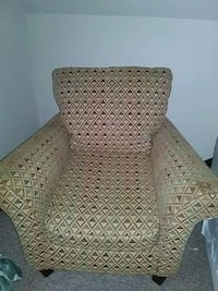 brown and gray fabric sofa chair Nashville, 37013