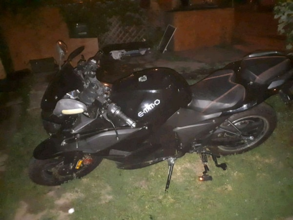 black e bike emmo