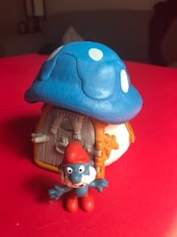 Vintage papa smurf with mini house  Richmond Hill, L4B