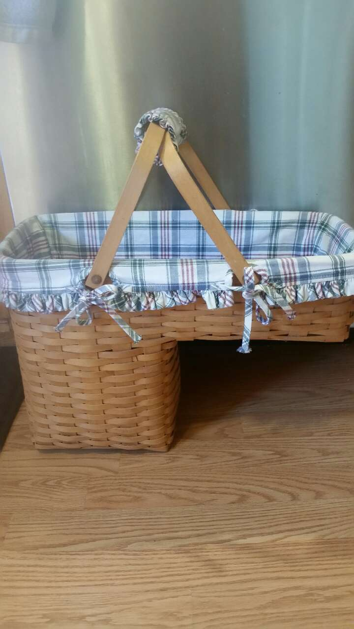 Longaberger Stair Step Basket With Liner U0026 Prot.
