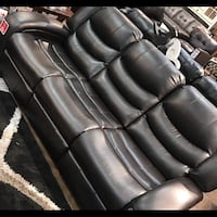 Black leather 3-seat sofa Markham, L6B 0G8