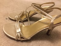 pair of brown leather open-toe heeled sandals Vaughan, L4K 2L3