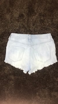 women's white denim short shorts Mc Lean, 22101