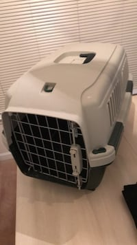 Small animal crate Raleigh